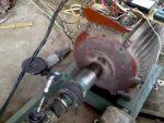 Делаем генератор из асинхронного электродвигателя своими силами в домашних условиях
